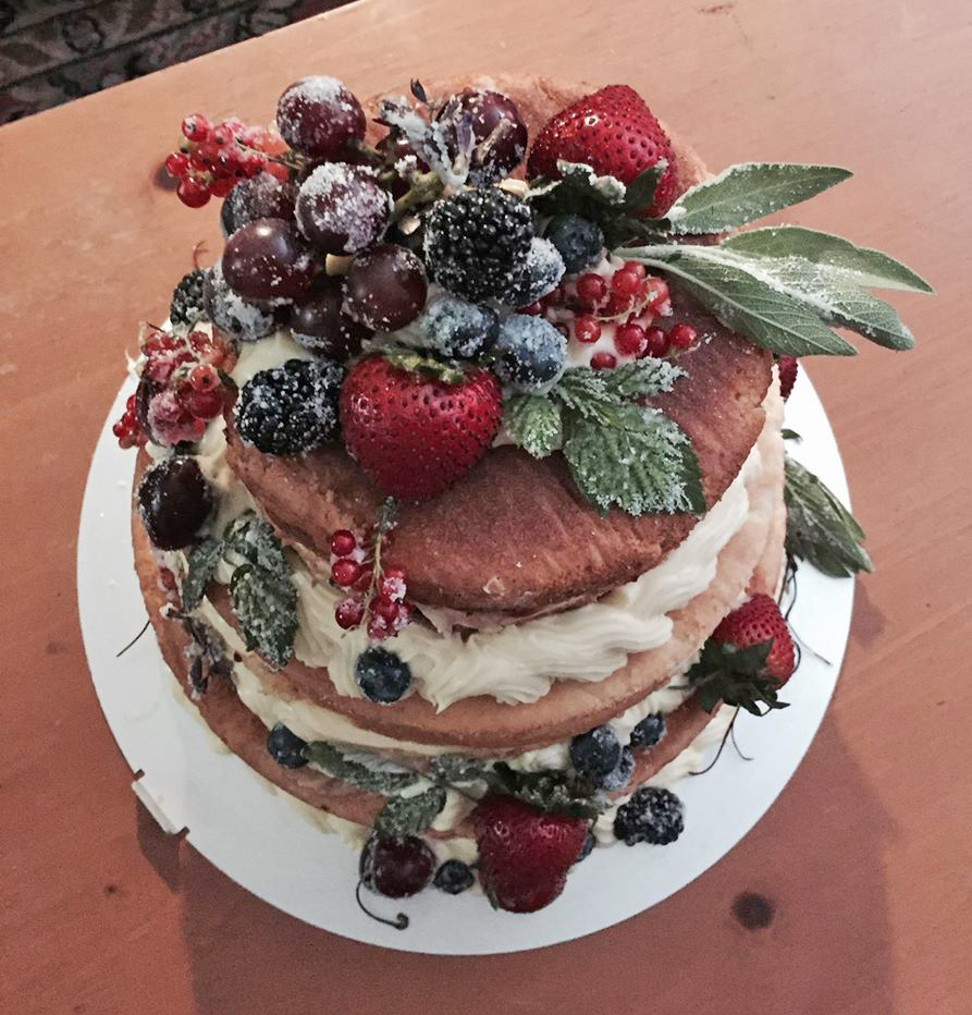 naked cake by Anna Harding