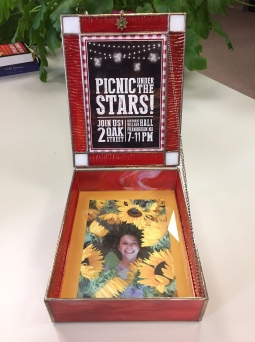 Bat Mitzvah invite box